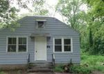Foreclosed Home in Taftville 6380 79 HUNTERS AVE - Property ID: 4227182