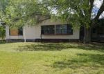 Foreclosed Home in Avon Park 33825 112 S ROBERTS RD - Property ID: 4227223