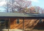 Foreclosed Home in Mount Vernon 62864 9449 E CHESTNUT ACRES RD - Property ID: 4227377
