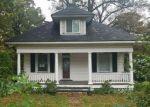 Foreclosed Home in Lanham 20706 5520 LANHAM STATION RD - Property ID: 4227934