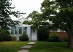 Foreclosed Home in Huntington 11743 10 CORK PL - Property ID: 4227957
