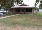 Foreclosed Home in Burnet 78611 104 CHISUM ST - Property ID: 4228162