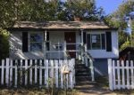 Foreclosed Home in Knoxville 37921 917 W EMERALD AVE - Property ID: 4228216