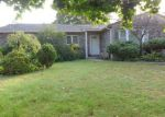 Foreclosed Home in Centereach 11720 107 HAMMOND RD - Property ID: 4228464