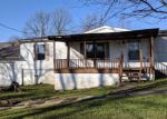 Foreclosed Home in Richmond 40475 2228 BOX ANKLE RD - Property ID: 4228838