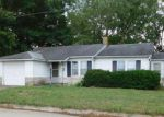 Foreclosed Home in Murphysboro 62966 2405 ILLINOIS AVE - Property ID: 4228977