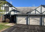 Foreclosed Home in Palatine 60074 1706 N EMERALD BAY UNIT 6 - Property ID: 4228979