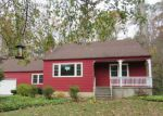 Foreclosed Home in Clinton 6413 26 VALLEY RD - Property ID: 4229185