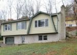 Foreclosed Home in Sussex 7461 96 S SHORE DR - Property ID: 4229682