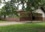 Foreclosed Home in Paris 38242 219 ATKINS DR - Property ID: 4229810