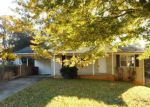 Foreclosed Home in Reidsville 27320 521 STAPLES ST - Property ID: 4230020