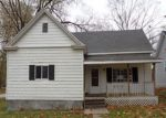 Foreclosed Home in New Franklin 65274 115 N MISSOURI ST - Property ID: 4230132