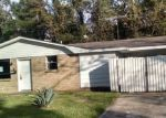 Foreclosed Home in Westwego 70094 1209 WIEGAND DR - Property ID: 4230192