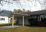Foreclosed Home in West Frankfort 62896 1168 CRYSTAL RD - Property ID: 4230266