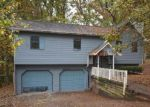 Foreclosed Home in Douglasville 30135 4040 OAK STONE DR - Property ID: 4230280