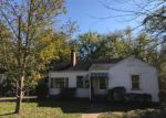 Foreclosed Home in Birmingham 35228 917 7TH AVE - Property ID: 4230507
