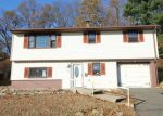 Foreclosed Home in Waterbury 6708 208 NEW HAVEN AVE - Property ID: 4230604