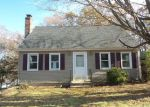 Foreclosed Home in Waterbury 6706 86 HORSESHOE DR - Property ID: 4230620