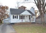 Foreclosed Home in East Peoria 61611 107 W FOREST AVE - Property ID: 4230764