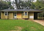 Foreclosed Home in Vicksburg 39183 220 MEADOWVALE DR - Property ID: 4231034