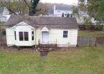 Foreclosed Home in Mastic Beach 11951 94 SPAR DR - Property ID: 4231168