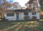 Foreclosed Home in Mastic 11950 208 PATCHOGUE AVE - Property ID: 4231169