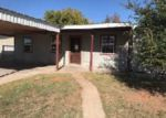 Foreclosed Home in Andrews 79714 1202 DORAN DR - Property ID: 4231359
