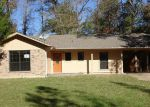 Foreclosed Home in Lufkin 75904 300 FALCON AVE - Property ID: 4231375