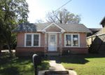 Foreclosed Home in Center 75935 106 HOUSTON ST - Property ID: 4231376