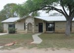 Foreclosed Home in Carrizo Springs 78834 1507 W ALAMO ST - Property ID: 4231382