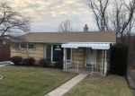 Foreclosed Home in West Mifflin 15122 465 LIVINGSTON RD - Property ID: 4231917