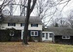 Foreclosed Home in Shoreham 11786 28 HIGHLAND DOWN - Property ID: 4232245