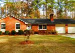 Foreclosed Home in Lake Waccamaw 28450 103 E OAK ST - Property ID: 4232333