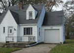 Foreclosed Home in Toledo 43614 1422 WINNETTE DR - Property ID: 4232346