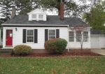 Foreclosed Home in Euclid 44123 130 LAKE EDGE DR - Property ID: 4232389