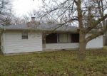 Foreclosed Home in Maumee 43537 4339 BECK DR - Property ID: 4232435