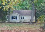 Foreclosed Home in Lake Ariel 18436 175 OLD LAKE RD - Property ID: 4232496