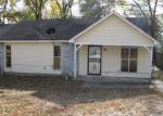 Foreclosed Home in Memphis 38134 6427 ASHTON RD - Property ID: 4232604