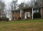 Foreclosed Home in Kingsport 37663 116 OLD MORELAND DR - Property ID: 4232614