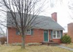 Foreclosed Home in Winchester 22601 962 KINZEL DR - Property ID: 4232703