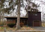Foreclosed Home in Castleton On Hudson 12033 140 S MAIN ST - Property ID: 4232964