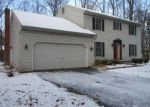 Foreclosed Home in Clifton Park 12065 11 FRIAR TUCK CT - Property ID: 4233007