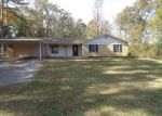 Foreclosed Home in Gilmer 75645 5972 GLENWOOD DR - Property ID: 4233025