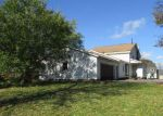 Foreclosed Home in Cicero 13039 5798 W PINE GROVE RD - Property ID: 4233321