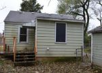 Foreclosed Home in Springfield 65802 626 S FOREST AVE - Property ID: 4233412