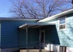 Foreclosed Home in Clinton 61727 1006 W MACON ST - Property ID: 4233785