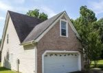 Foreclosed Home in Douglasville 30135 4045 WATER HOLE CT - Property ID: 4233851