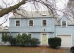 Foreclosed Home in Hamden 6517 73 HELOISE ST - Property ID: 4234002