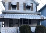 Foreclosed Home in Wilkes Barre 18702 428 NEW GROVE ST - Property ID: 4234147