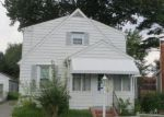 Foreclosed Home in Essex 21221 430 VIRGINIA AVE - Property ID: 4234237